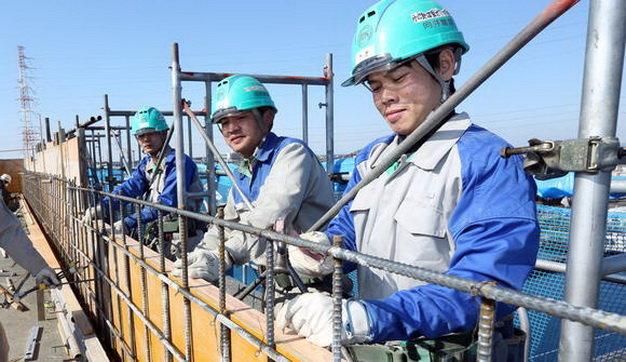 Tuyển chọn 18 nam xây dựng đúc gạch tại Chiba