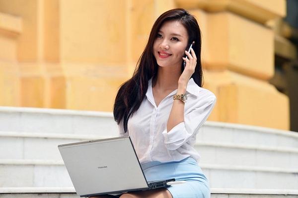 Docomo, AU và Softbank: Nên dùng gói cước điện thoại nhà mạng nào?