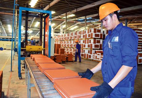 Tuyển gấp lao động cho đơn hàng sản xuất gạch lương cao cho nam tại Chiba tháng 3/2020