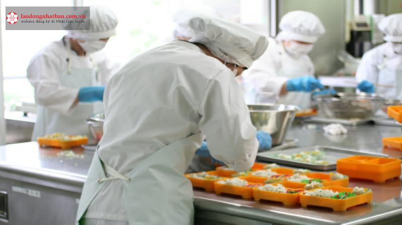 chế biến thực phẩm 1 năm đi Nhật