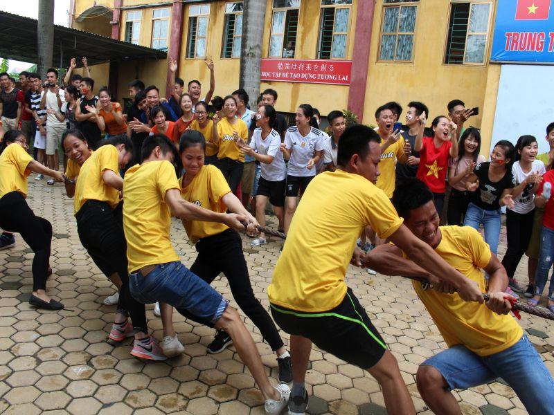 Hội thi thể thao tại trung tâm đào tạo Âu Việt